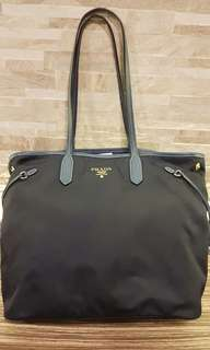 AUTHENTIC PRADA NYLON SHOULDER TOTE BAG