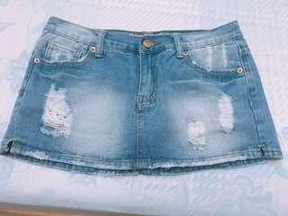 刷破牛仔褲裙