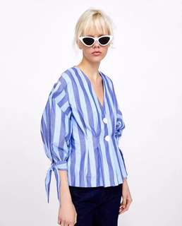 🚚 Europe and the United States women's new pleated decorative striped shirt