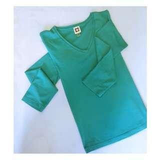 Anne Klein Arcadia green long sleeve light sweater tee shirt trend setting colour for spring 2018 #green #longsleeve #sweater #tee #T-shirt #luxury #aparel #anneklein