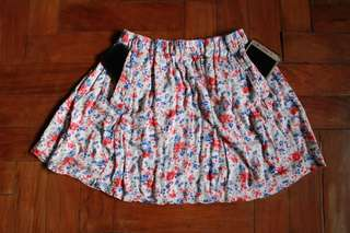 Floral Forever 21 Skirt with Pockets