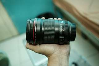 Lensa Canon EF 135mm F/2 L USM