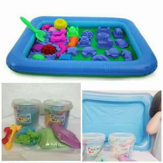 Kinetic Sand With Container