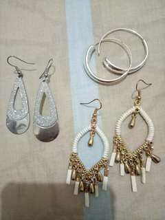 Dangling earrings (take all)