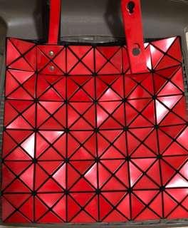 BaoBao Issey Miyake 6*6 tote bag (red 紅色)