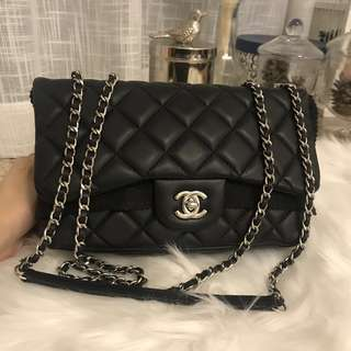 極新Chanel Flap Bag 黑色銀扣💓
