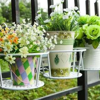 BN Metal plant stand Flower Rack Parapet Balcony Corridor Railing Hanging Plant Pot Holder Basket garden