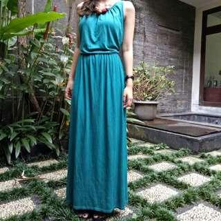 (1xUsed) Long Green Dress