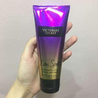 AUTHENTIC VICTORIA SECRET LOTION