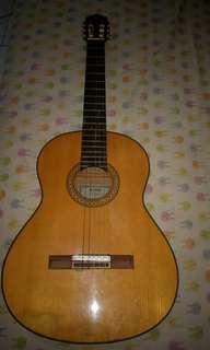 Gitar Yamaha C 390