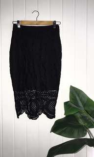 Black High-Waisted Lace Pencil Skirt