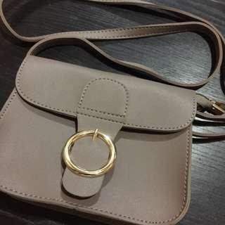 lavander sling bag