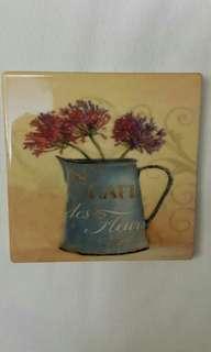 典雅歐洲陶瓷杯墊4個(古董手工巧藝品)連收藏箱整套5件