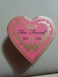 Too faced flush blush