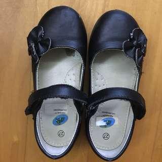清屋:黑色返學鞋Black shoes