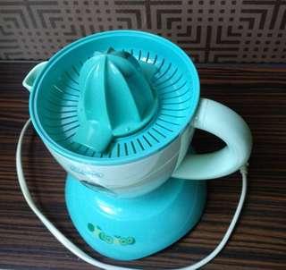 🚚 電動榨果汁機