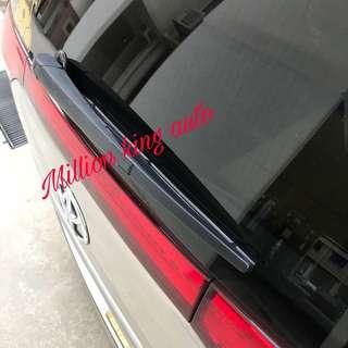 Toyota Estima back door wiper