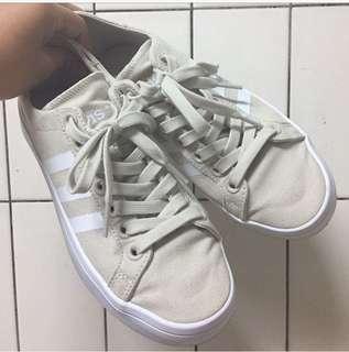 [二手]adidas courtvantage 奶茶色休閒鞋23.5