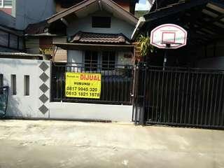 Rumah Villa Japos