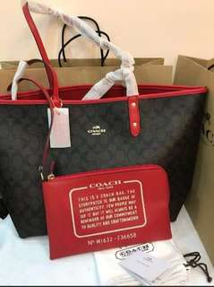 AUTHENTIC COACH SIGNATURE RIVERSIBLE