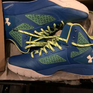 🚚 Under Armor STEPHEN curry II brand new ,US11