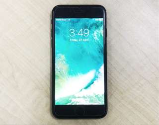 Iphone 7 128gb ( Space Gray) Open Line