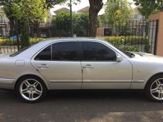 Mercedes Benz E230 W 210 New Eyes 1996 A/T ORIGINAL
