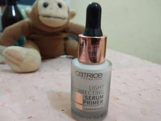 Catrice cosmetics light correcting serum primer