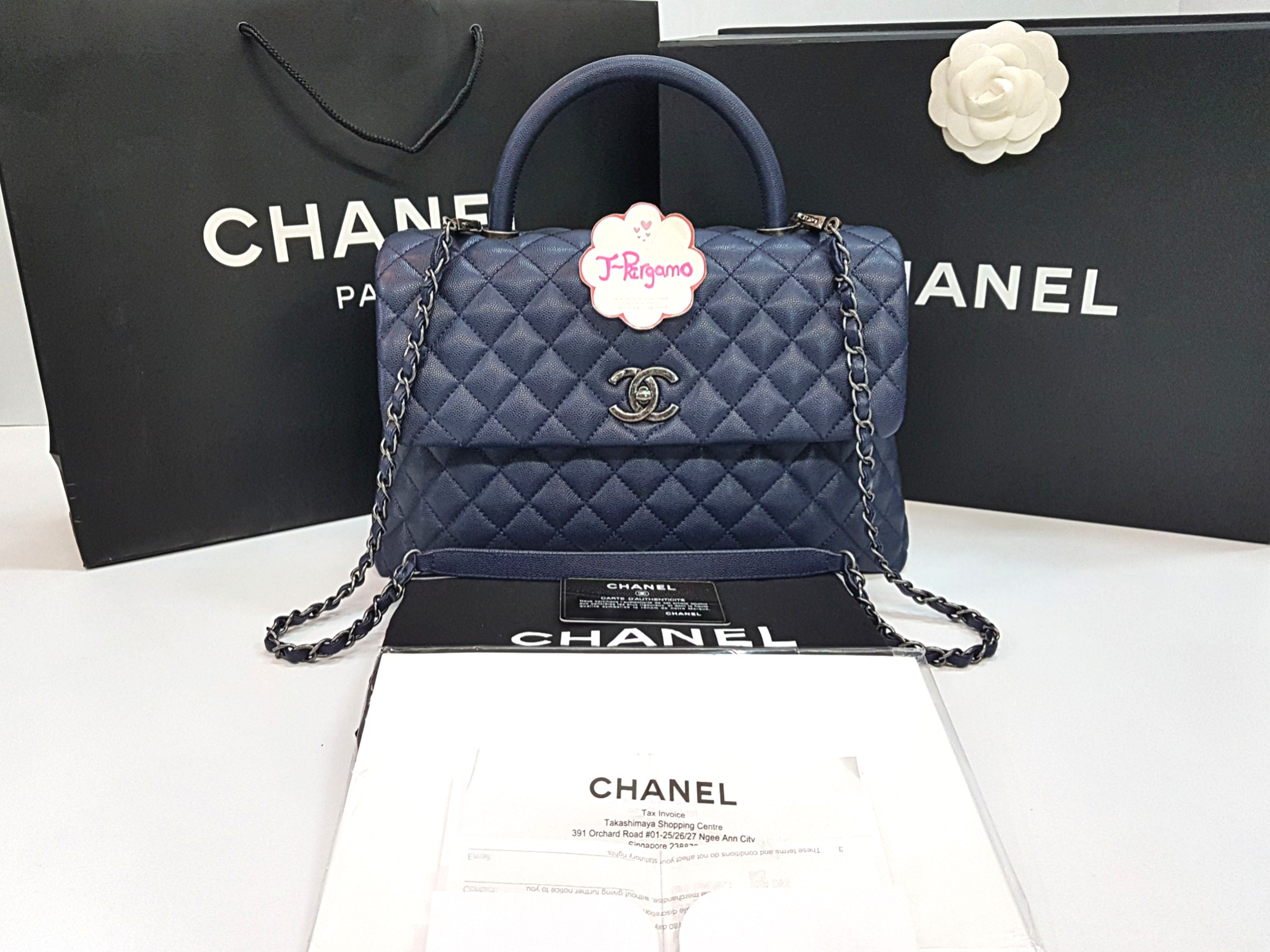 c3342492310aa7 🎉 Sold 🎉 Authentic LNIB Chanel Coco Handle Caviar Medium Flap Bag ...