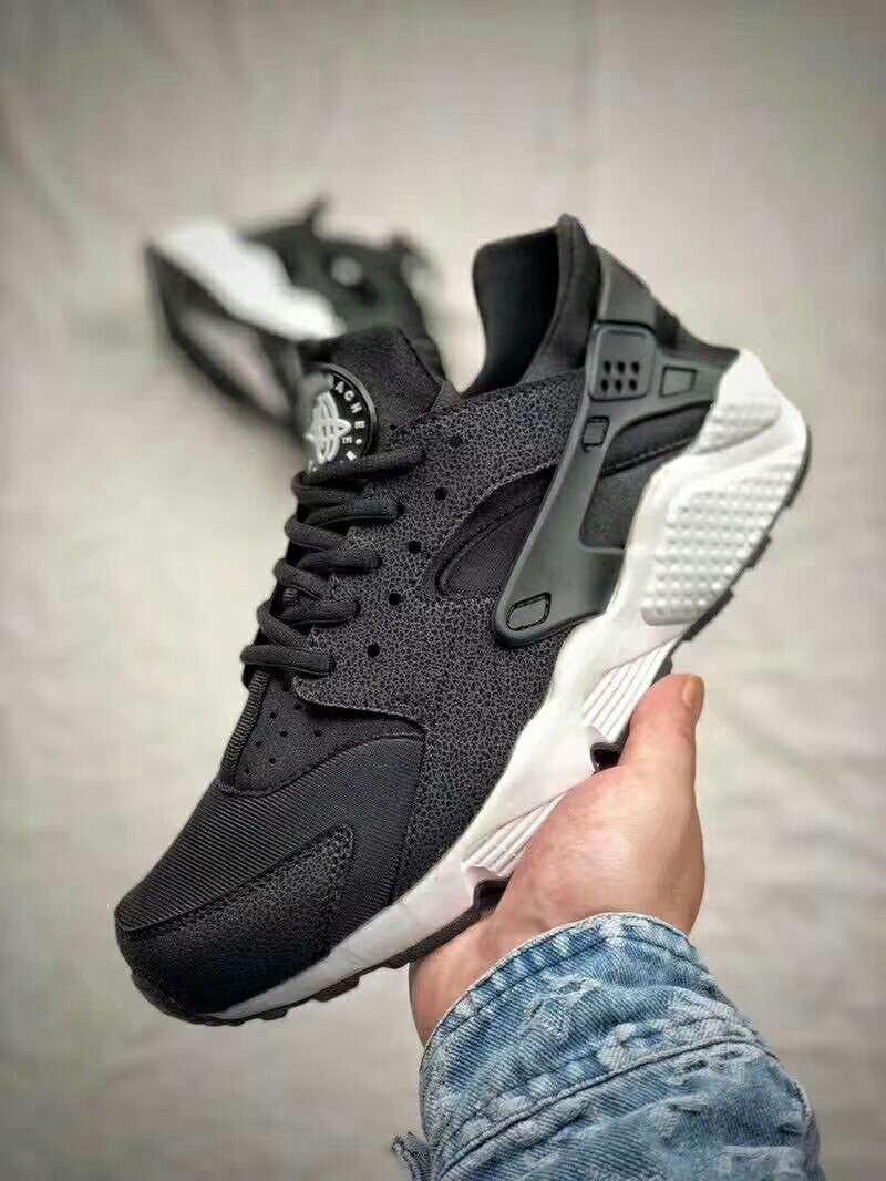 new products 38e73 08876 Authentic Nike Air Huarache 36-45, Men's Fashion, Footwear ...
