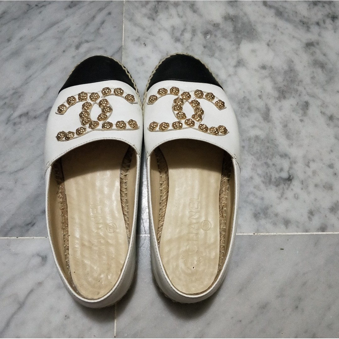 8d9b458b2 Chanel White Black Leather Studded Camellia Espadrilles