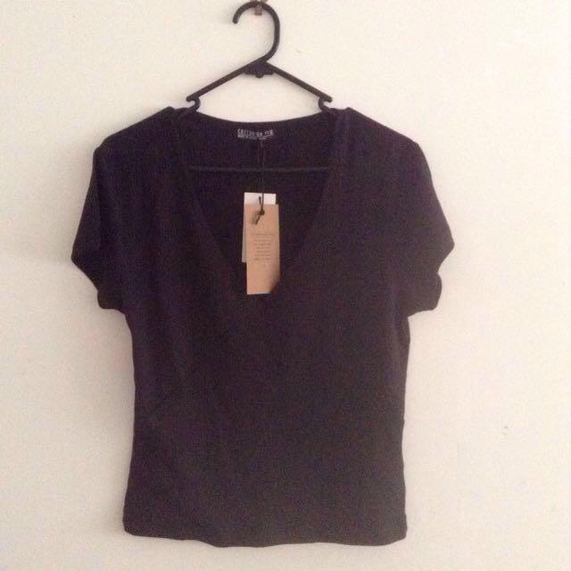 Cotton On V neck Rib shirt