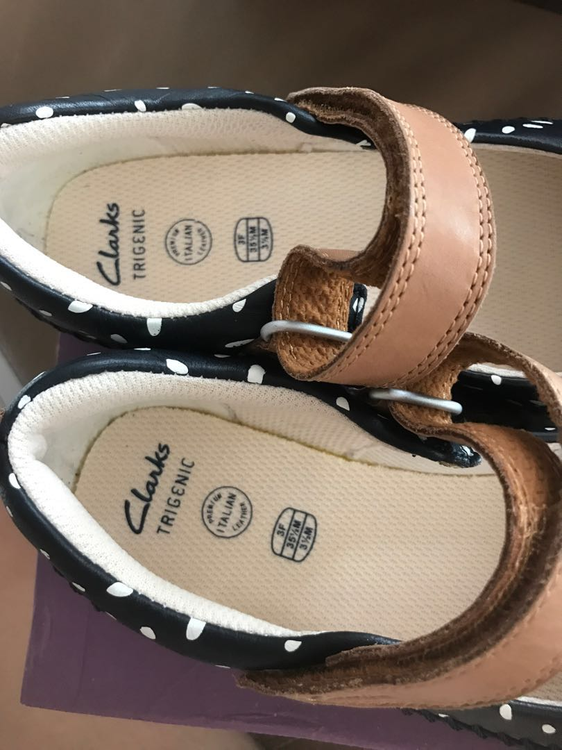 GIRLS CLARKS TRI MOLLY NAVY LEATHER RIPTAPE STRAP CASUAL FLAT SHOES PUMPS