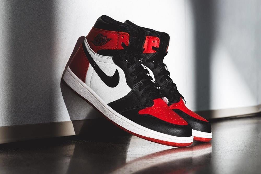 e9ddbfc507d632 Looking for Jordan 1 retro high og bred toe in us 10-10.5