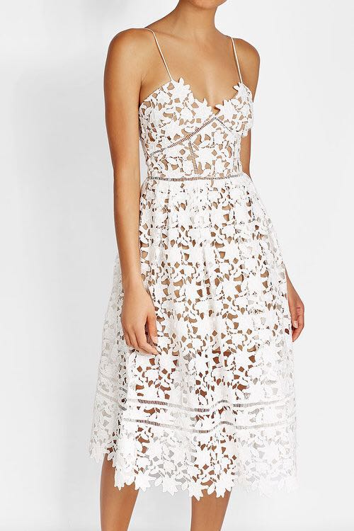 16cf4f4cc205 Self portrait inspired Azalea midi dress in White - Size S, Women's  Fashion, Clothes, Dresses & Skirts on Carousell