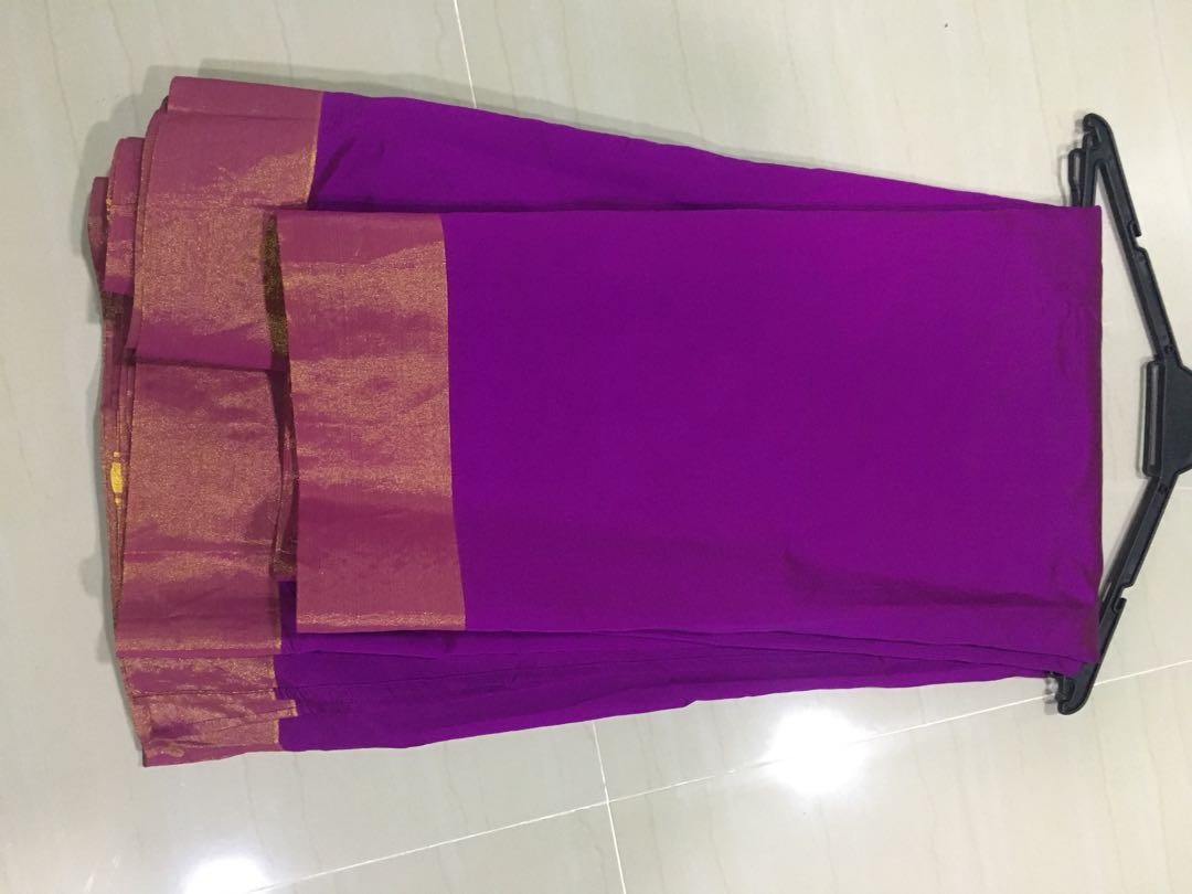 Silk Cotton Saree With Attached Saree Blouse Material Women S Fashion Bridal Wear On Carousell