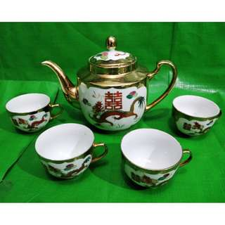 Old gold painted Dragon Phoenix Tea set, China Jingdezhen mark.  旧龙凤描金彩茶具一套, 中国景德镇款