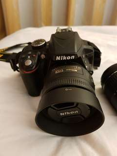 Nikon D3300 with Kit lens 18-55mm + accessories!