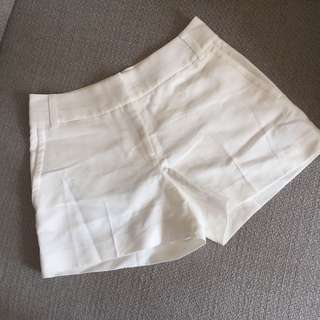 brand new Reiss White shorts 白色短褲