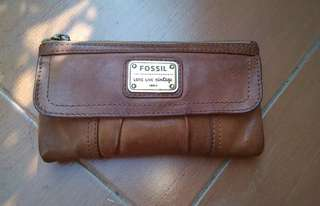 Dompet Fossil Emory Brown