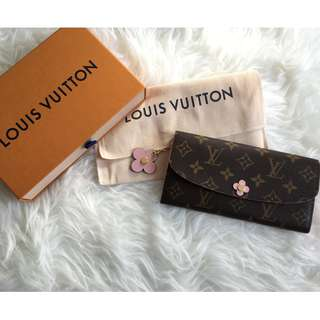 Louis vuitton women wallet flowers collection