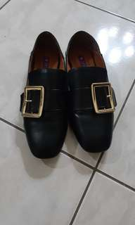 iki2 鞋