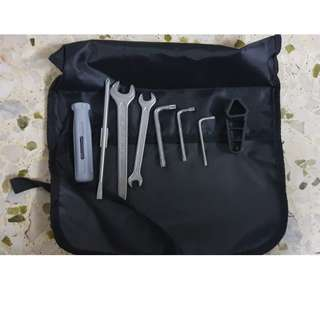 BMW OC GS/GSA Toolkit 71 11 7 712 780 (BNIB)