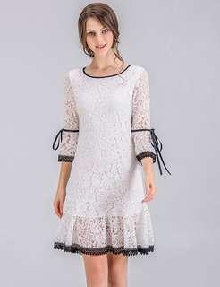 Long-Sleeve: Round Neck Flare Sleeve Fishtail Lace Dress (M / L / XL / 2XL / 3XL / 4XL) - OA/XKE022718