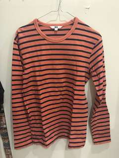 Uniqlo long sleeve tshirt