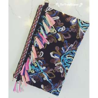 [NEW IN] Bohemian Tiki Leaf Convertible Clutch