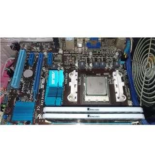 AMD X4 640 四核 3.0G + AM3 華碩 Asus M4A88T-M LE 內顯HD 4250 全固態電容
