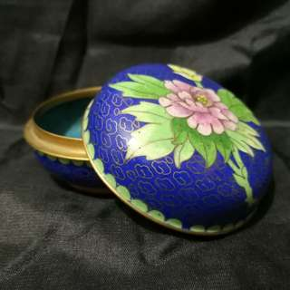 Vintage Chinese enamel Jewelry box