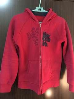 🚚 紅色外套