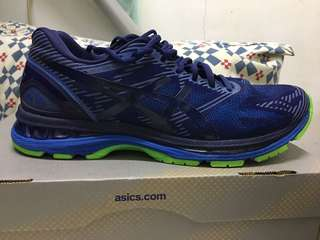 Asics running shoes (gel nimbus 19)